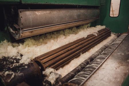 cardage de fibres textiles synthétique