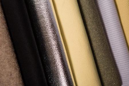 les tissés techniques chaîne et trame : Gamme de tissus technique produit selon la technique chaîne et trame. Plusieurs qualités de tissus aux multiples performances : anti-coupure, anti-déchirure, anti-perforation, anti-chaleur