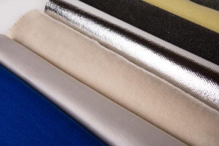 les molletons : Collection de molletons destinés à la confection des doublures de gants, principalement utilisés pour leurs propriétés anti-coupure et anti-chaleur dans la production d'équipements de protection indiviuelle E.P.I